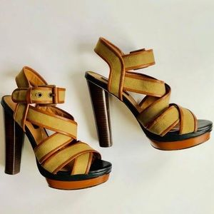 Ann Taylor strappy heels size 6